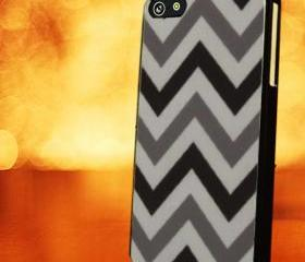 CHEVRON PATTERN WITH GREY BLACK - iPhone 4 Case, iPhone 4s Case and iPhone 5 case Hard Plastic Case LZN