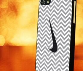 CHEVRON PATTERN WITH GREY NIKE - iPhone 4 Case, iPhone 4s Case and iPhone 5 case Hard Plastic Case LZN