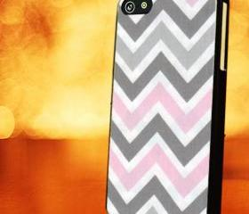 CHEVRON PATTERN WITH GREY WHITE PINK - iPhone 4 Case, iPhone 4s Case and iPhone 5 case Hard Plastic Case LZN