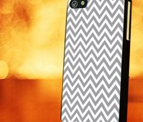 CHEVRON PATTERN WITH GREY - iPhone 4 Case, iPhone 4s Case and iPhone 5 case Hard Plastic Case LZN