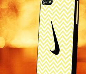 CHEVRON PATTERN WITH YELLOW NIKE - iPhone 4 Case, iPhone 4s Case and iPhone 5 case Hard Plastic Case LZN