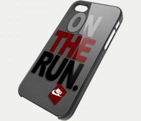 NIKE ON THE RUN - iPhone 4 Case, iPhone 4s Case and iPhone 5 case Hard Plastic Case SWX