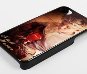 NIALL HORAN AND GUITAR ONE DIRECTION - iPhone 4 Case, iPhone 4s Case and iPhone 5 case Hard Plastic Case KK
