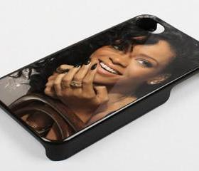 RIHANNA SMILE CLOSE UP FACE - iPhone 4 Case, iPhone 4s Case and iPhone 5 case Hard Plastic Case KK